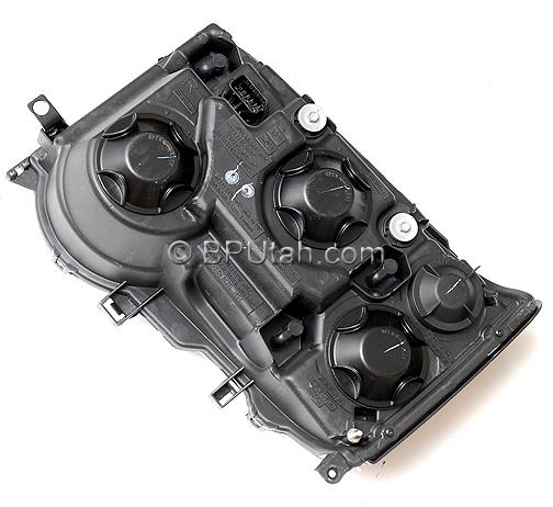 Land Range Rover Discovery Genuine OEM Factory Headlamp