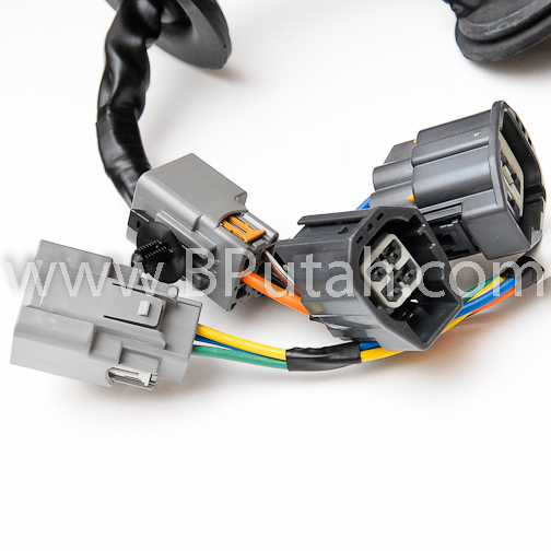 Land_Rover_LR3_Trailer_Wiring_Harness_YWJ500220 4 land rover lr3 genuine oem factory trailer tow wiring harness lr3 trailer wiring harness at mifinder.co