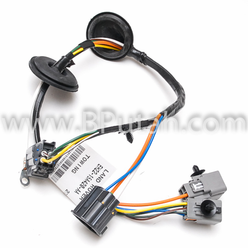 Land_Rover_LR4_Trailer_Wiring_Harness_VPLAT0137 3 land rover lr4 genuine oem factory trailer tow wiring harness 2011 land rover lr4 trailer wiring harness at couponss.co